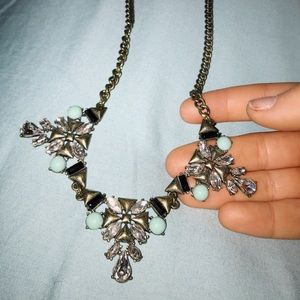 Jewelry - Collar Statement Necklace